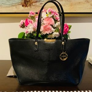 Classic Henri Bendel Tote with Dust Bag